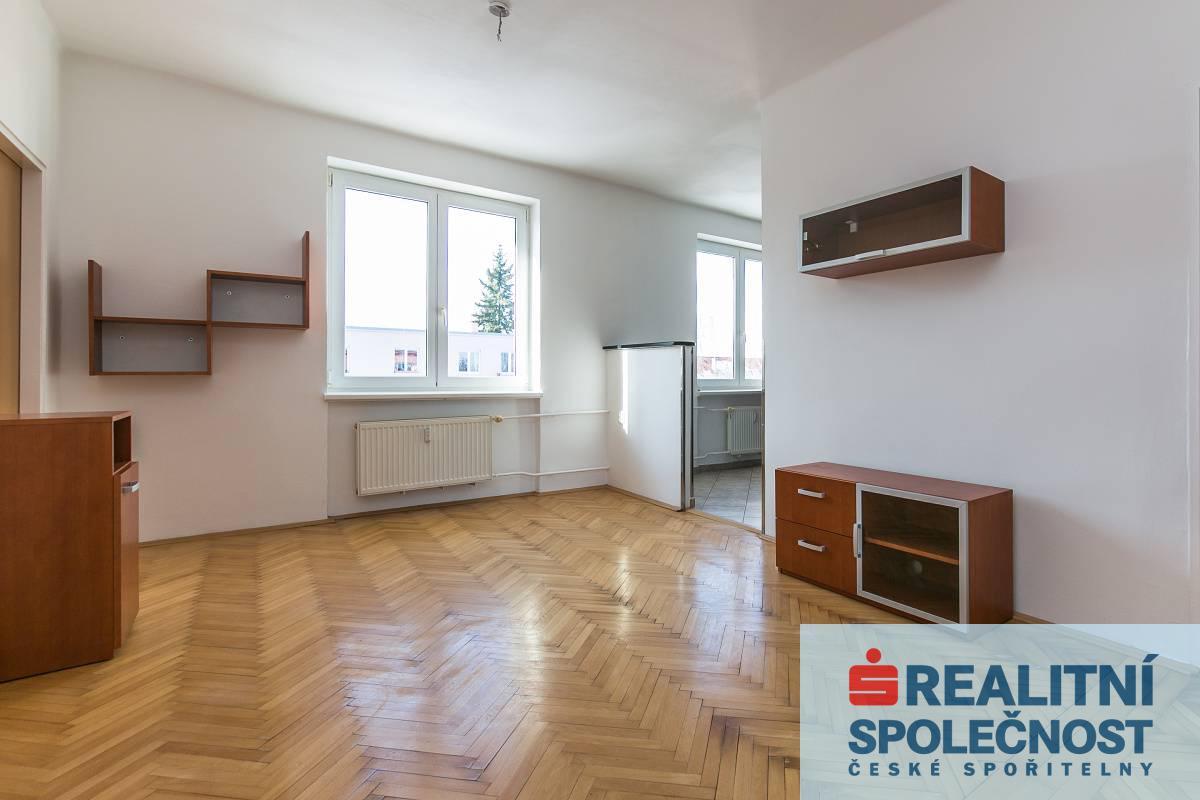 Prodej bytu 3+1/L, 65m2, Horní Počernice