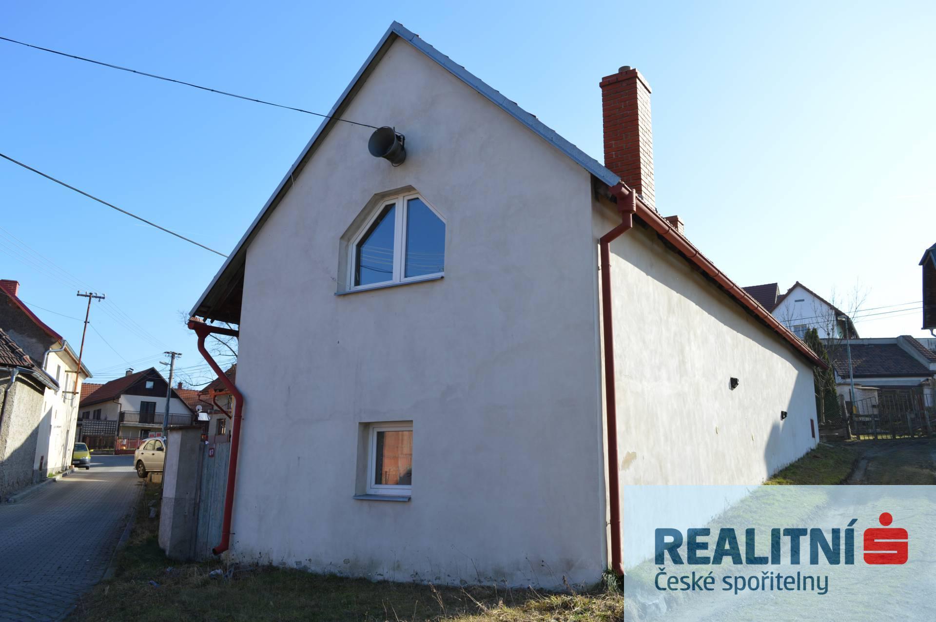 Prodej samostatného RD 179m2, obec Kostomlaty pod Řípem