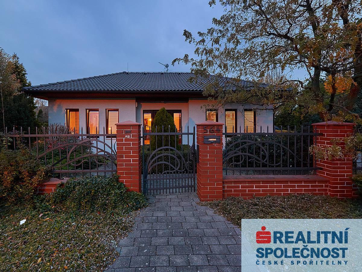 Prodej, Dům RD samostatný, 90m2, pozemek 765 m2, Dolany